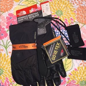 NWT WOMENS THE NORTH FACE GORE-TEX GLOVES